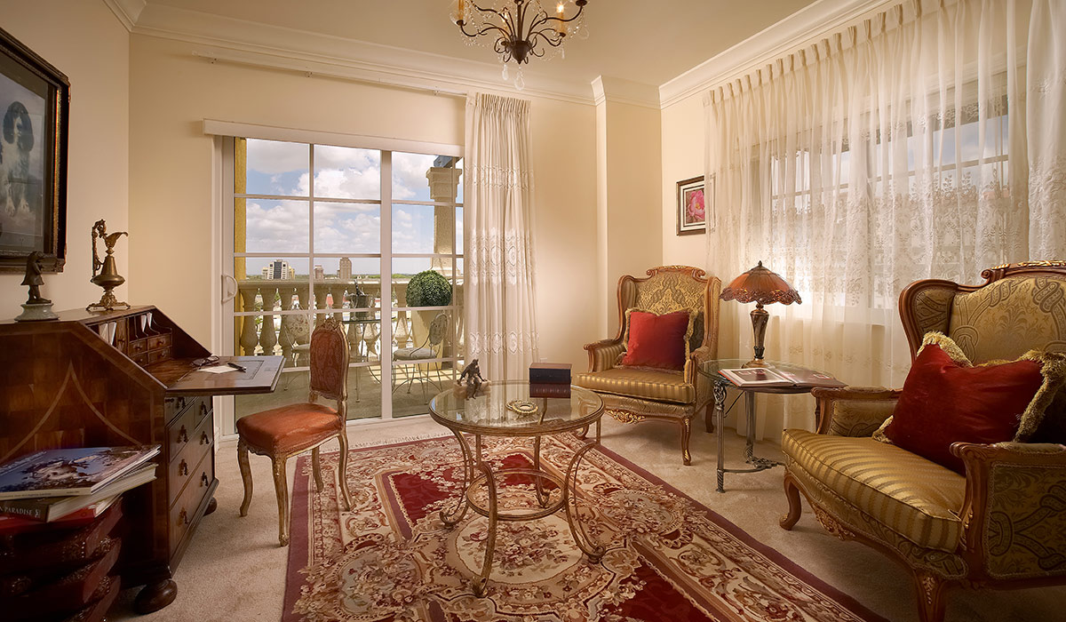 The Palace at Coral Gables bedroom